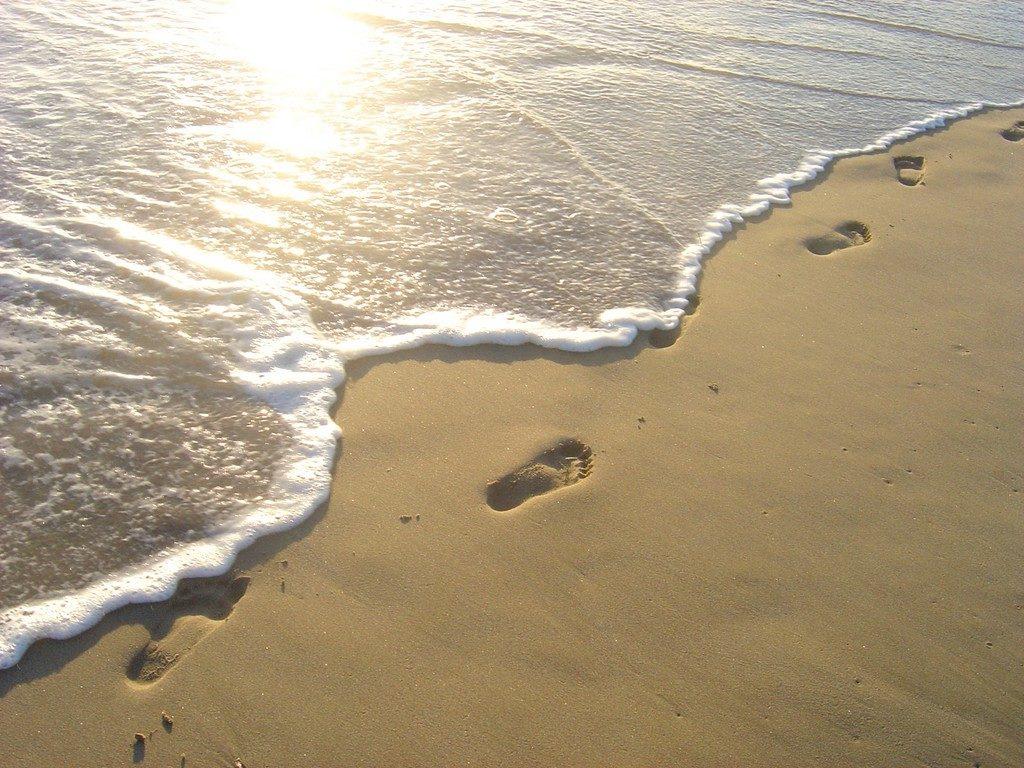 Footprints in sand (step 6)